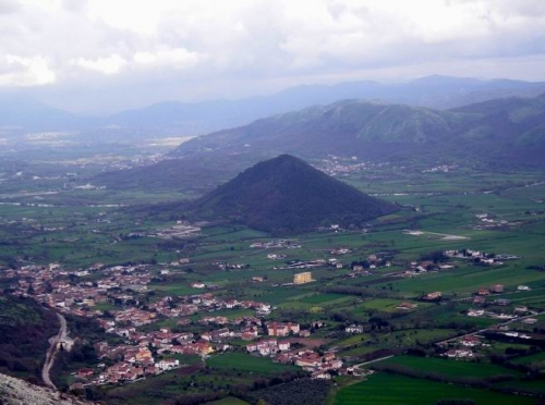 piana_di_monte_verna__caiazzo.jpg